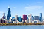 Downtown chicago s modrou oblohou — Stock fotografie