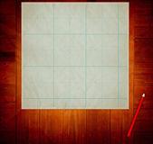 старая бумага на деревянный стол — Стоковое фото