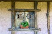 Gamla fönster — Stockfoto