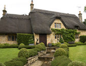 Charming cottage — Stock Photo