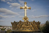 Guilded crown and cross — Stock Photo