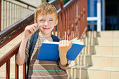Young boy has an idea — Stock Photo