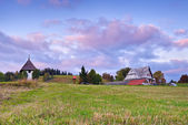 House in The Pieniny Mountains landscape, Carpathians. — Stock Photo