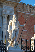 The statues of Venice - 500 — Stock Photo