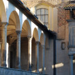 Cloister of the Basilica of Santa Croce in Florence - Italy — Stock Photo #32031391