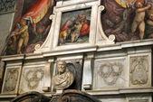 Tomba di michelangelo buonarroti - basilica di santa croce - firenze - italia — Foto Stock