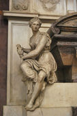 Grab von michelangelo buonarroti - basilika santa croce - flor — Stockfoto
