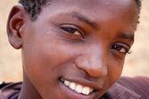 La mirada de áfrica en las caras de los niños - pueblo pomerini — Foto de Stock