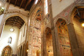The frescoes in the Church of Santa Croce in Florence-Tuscany-It — Stockfoto