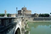 Bridges over the Tiber river in Rome - Italy — Stock Photo