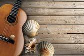 Akustická kytara dřevěná — Stock fotografie
