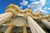 Habitación de 100 columnas - Parque Güell de barcelona — Foto de Stock
