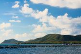 Isla de destino en medio del mar en tailandia — Foto de Stock