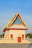 Beautiful Thai Buddhism temple — Stock Photo