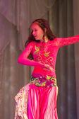 Polina yanukovych con danza oriental — Foto de Stock