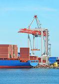 Cargo crane and ship — Stock fotografie