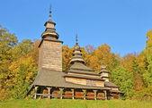 Antyczny drewniany kościół — Zdjęcie stockowe