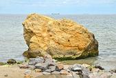 Rocha, beira-mar em odessa — Foto Stock