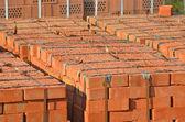 Stapel van oranje baksteen — Stockfoto