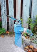 Staré vodní čerpadlo — Stock fotografie