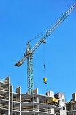 Guindaste e construção site — Fotografia Stock