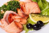 Lezzetli balık yemek üzerine baharat ile dilim — Stok fotoğraf