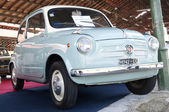 A 1957 built Fiat 600 S2 Controvento — Stock Photo