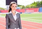 Retrato de una mujer de negocios hermosa — Foto de Stock