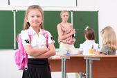 教室の少女 — ストック写真
