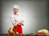 Asiatisk kock kvinna korsade armarna — Stockfoto