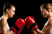 Confrontation between the two women boxers — Stock Photo