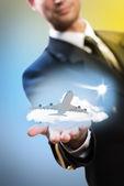Pilot uçağa el uzatılması şeklinde — Stok fotoğraf