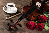 Violin, rose, coffee and music books — Foto Stock