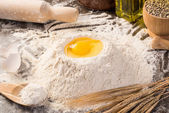 Flour, eggs, wheat still-life — Foto de Stock