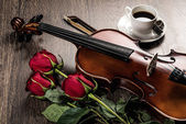 Violin, rose, coffee — Stock Photo