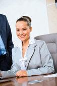 Portret van een succesvolle zakenvrouw — Stockfoto