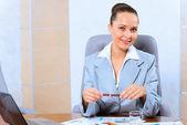 Porträtt av en framgångsrik affärskvinna — Stockfoto