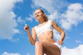Mladá žena sportovní — Stock fotografie