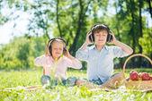 Children enjoying music — Stock Photo