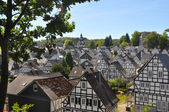 Maisons à colombages dans un village allemand de freudenberg — Photo