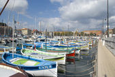 Colorful fishing boats in harbor of Nice, France — Stock Photo