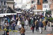 Massentourismus in venedig, italien — Stockfoto