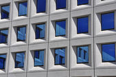 Facade of a contemporary office building — Foto de Stock