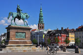 Copenhagen - Cavalier's memorial and St. Nikolai Church — Stok fotoğraf