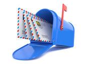 Caixa de correio azul com e-mails — Foto Stock