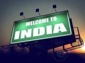 Billboard Welcome to India at Sunrise. — Stock Photo