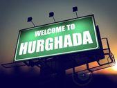 Billboard Welcome to Hurghada at Sunrise. — Foto de Stock