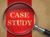 Case studie - Vergrootglas concept. — Stockfoto