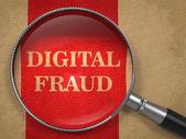 Fraude digital con lupa. — Foto de Stock