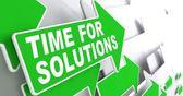 时间上绿色箭头解决方案. — 图库照片